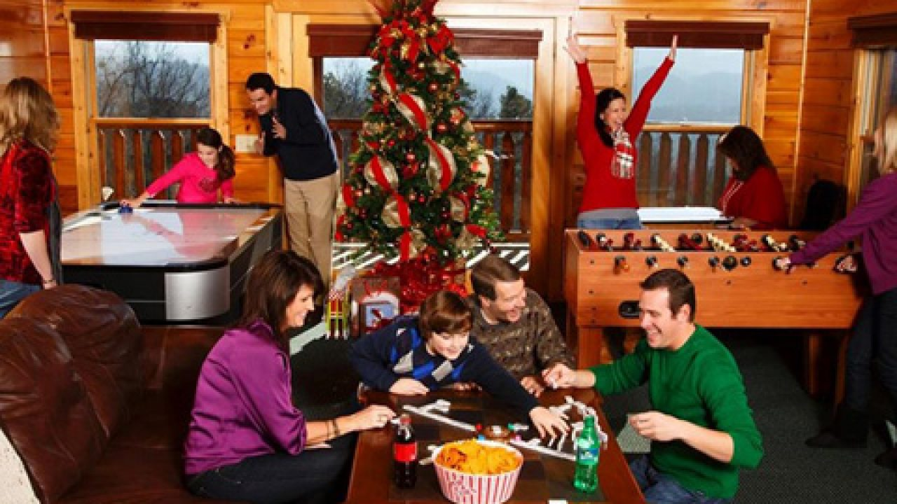 Smoky Mountain Cabins Holiday Decorations