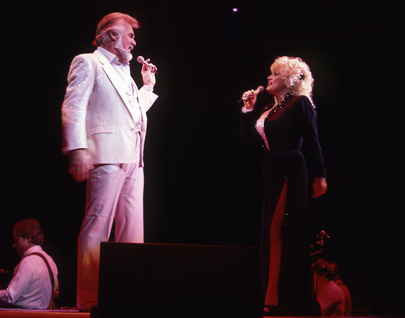 Dolly Parton and Kenny Rogers 1985 Photo by Kelly Junkermann