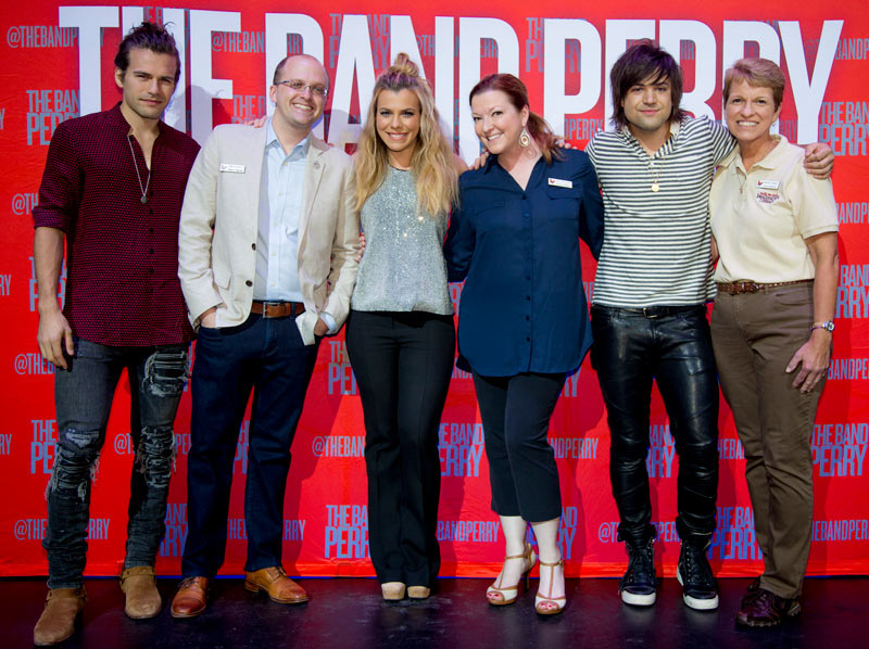 TheBand Perry and The Dollywood Foundation