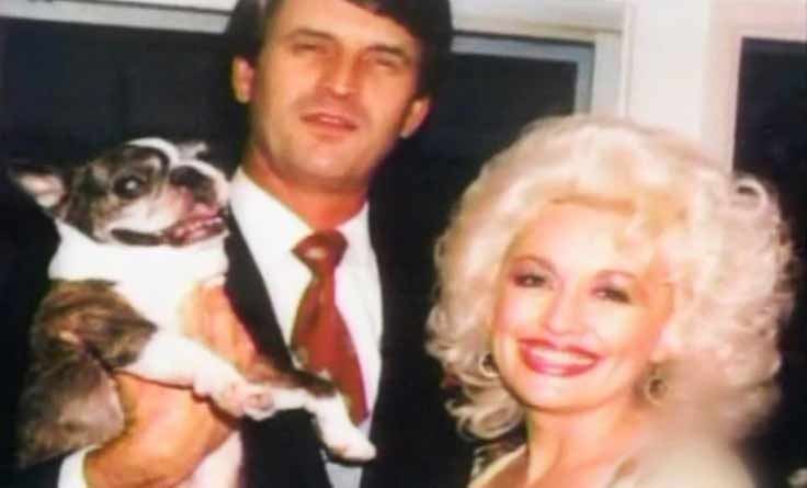 Dolly parton marries nashville tenn native carl dean for What does dolly parton s husband do for a living