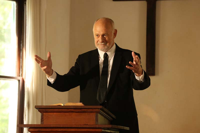 Gerald McRaney as Reverend Jake Owens