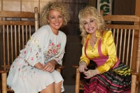 Cracker Barrel's Front Porch Series With Dolly & Cam