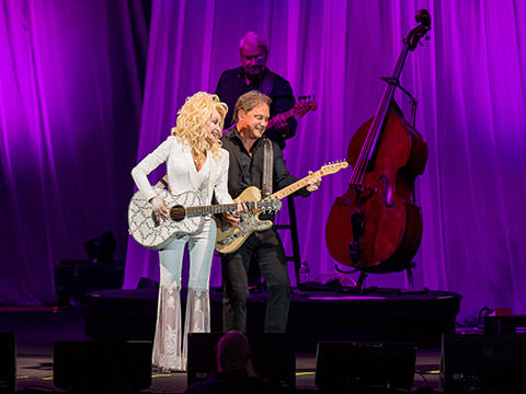Dolly Parton Sells Out Two Shows At The Hollywood Bowl