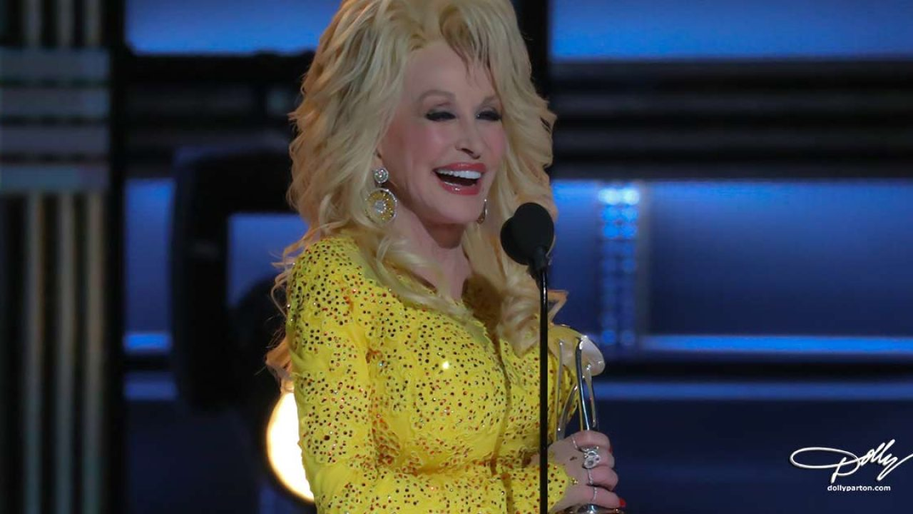 Cma Christmas Special 2019.Dolly Parton Latest News Official Source