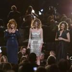 Dolly Parton Receives Willie Nelson  Lifetime Achievement Award