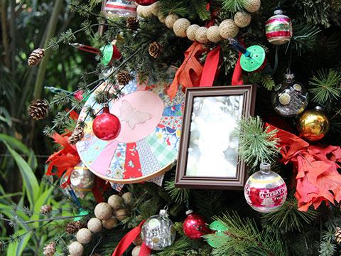 Dolly Parton Tree At Gaylord Opryland Resort