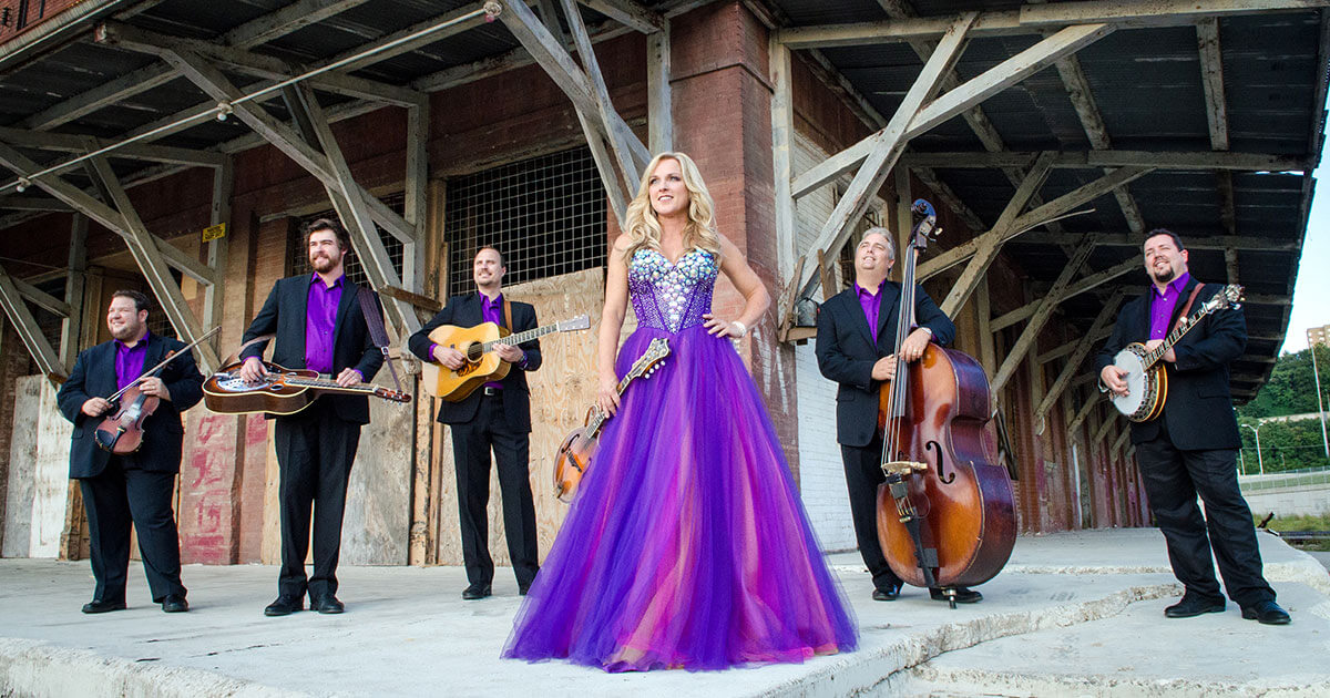Rhonda Vincent and the Rage at Dollywood's Barbeque & Bluegrass