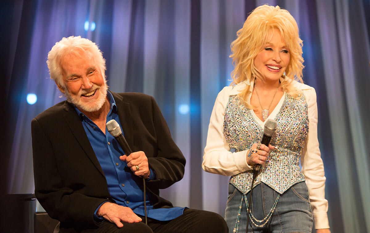 Dolly Parton & Kenny Rogers To Share Final Stage Together In October
