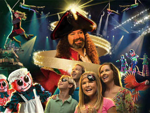 Christmas Arrives At Pirates Voyage In Myrtle Beach