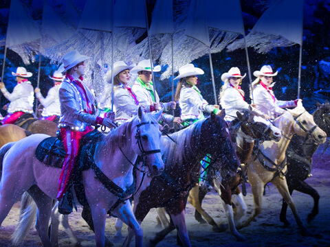 Christmas Comes To Life At Dolly Parton's Stampede This Holiday Season