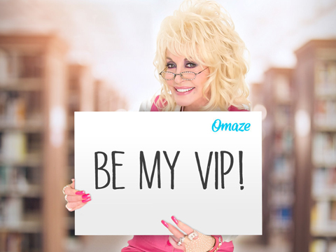 Meet Dolly Parton And Be Her VIP Guest At Dollywood