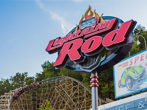 "Dollywood's Lighting Rod Earns ""Wooden Coaster of the Decade Award"""