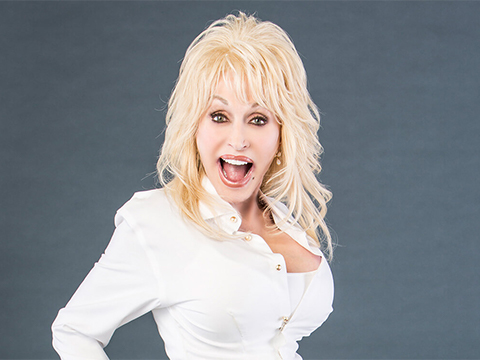 Dolly Parton To Appear At First-Ever Virtual GLAAD Media Awards