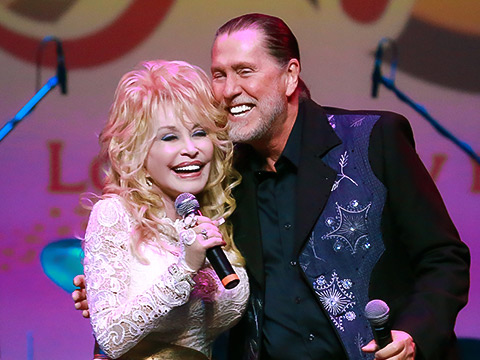 Dolly Parton Shares Sad News Of Her Brother Randy Parton's Passing