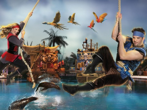 Follow Yer Compass to Autumn Adventure at Pirates Voyage!